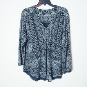 Lucky Brand Black/Gray LS Boho Top. Size XL